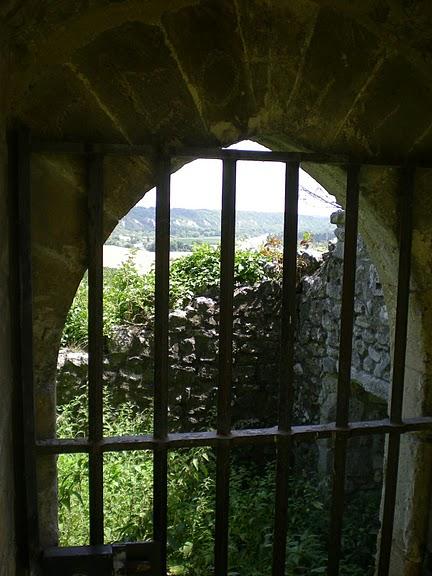 Замок Ла Рош-Гюйон (La Roche-Guyon) 77525