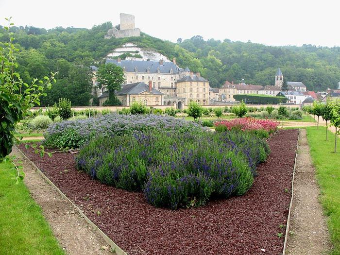 Замок Ла Рош-Гюйон (La Roche-Guyon) 52758