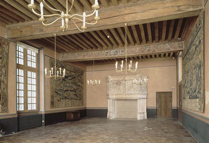 Замок Экуан он же музей Ренессанса 59769