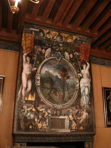 Замок Экуан он же музей Ренессанса 37066