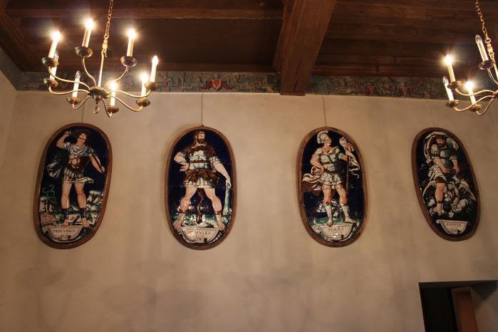 Замок Экуан он же музей Ренессанса 48628