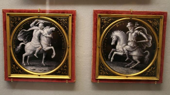 Замок Экуан он же музей Ренессанса 37148
