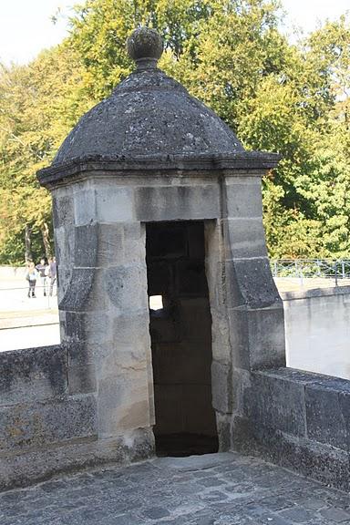 Замок Экуан он же музей Ренессанса 92582