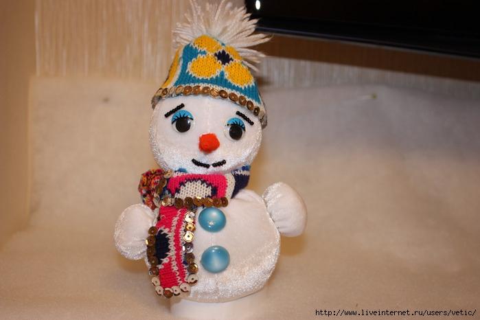 20100102 снеговик 11 (699x466, 81 Kb)