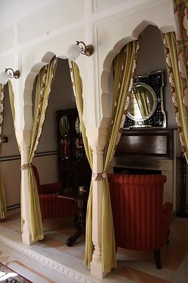 Тадж-Махал в миниатюре - Samode Palace 94177