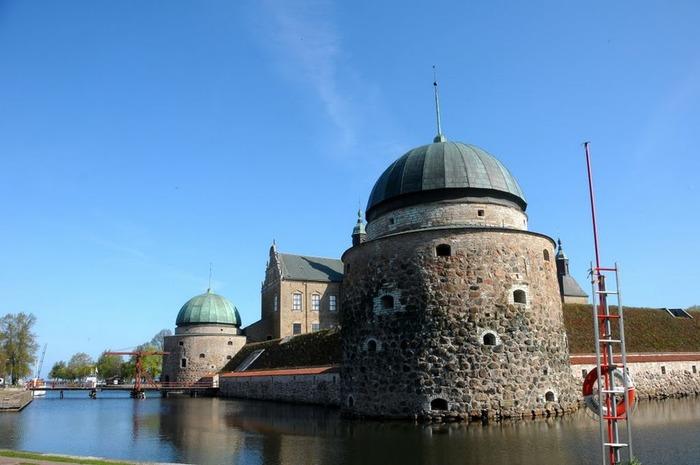 Замок Вадстена (Vadstena) и монастырь Святой Биргитты 48956