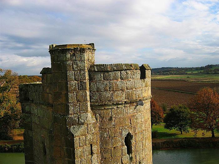 Замок Бодиам (Bodiam) - Графство Сассекс 94445