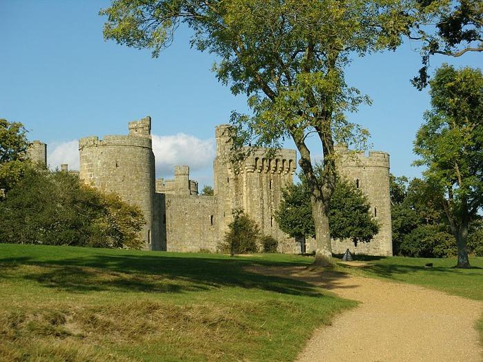 Замок Бодиам (Bodiam) - Графство Сассекс 65613