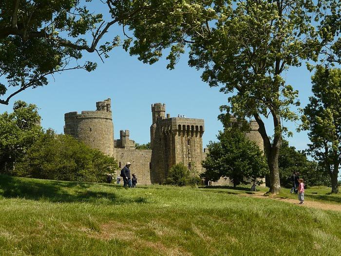 Замок Бодиам (Bodiam) - Графство Сассекс 55327