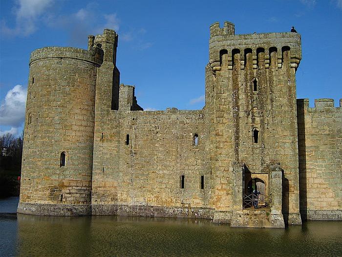 Замок Бодиам (Bodiam) - Графство Сассекс 45314