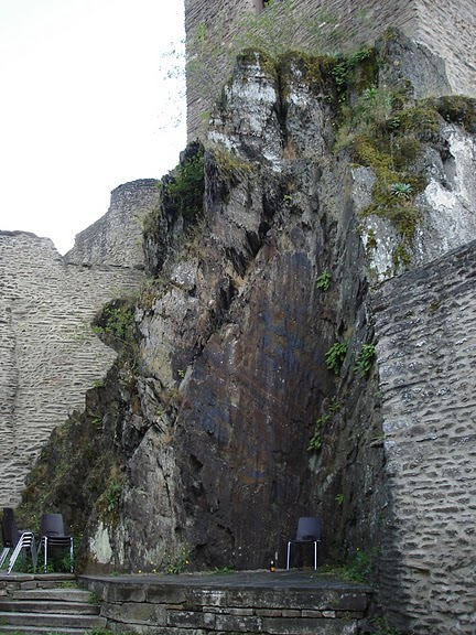 Le chateau de Bourscheid - ЗАМОК Буршейд 39933