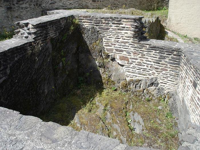 Le chateau de Bourscheid - ЗАМОК Буршейд 11581