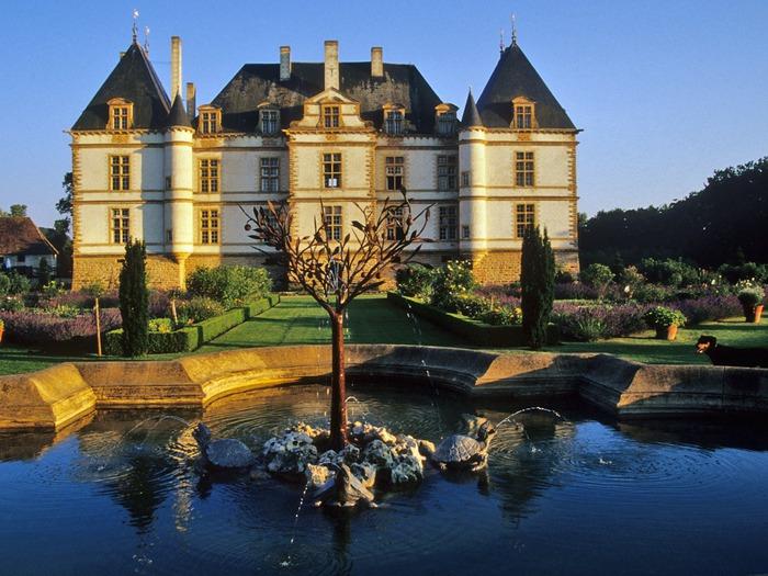 Замок де Корматэн -Chateau de Cormatin 23025