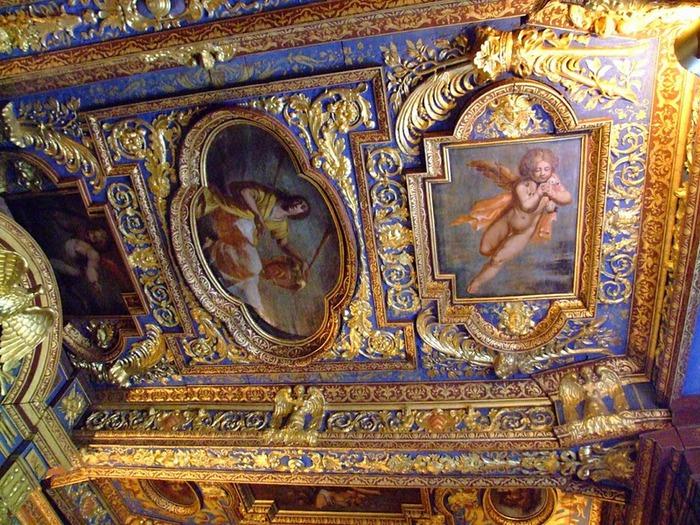 Замок де Корматэн -Chateau de Cormatin 82840