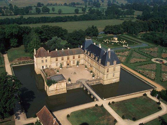Замок де Корматэн -Chateau de Cormatin 12115