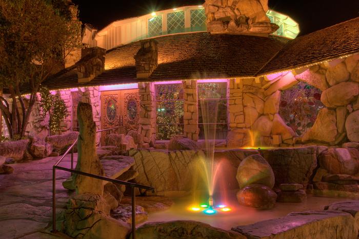 Отель Madonna Inn - Фантазии без границ 52108