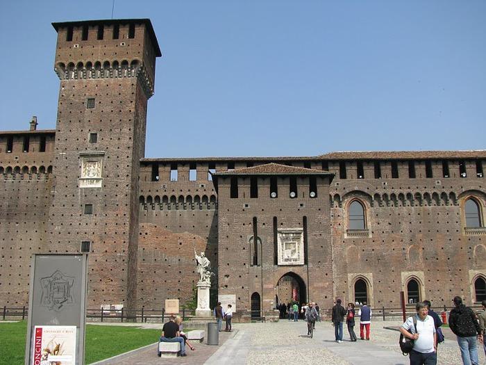 Замок Сфорца (Castello Sforzesco) 52039