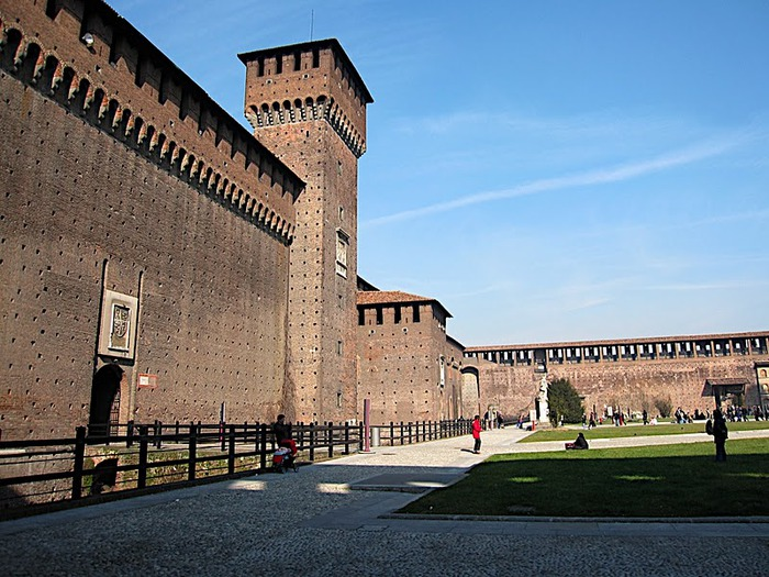 Замок Сфорца (Castello Sforzesco) 16970