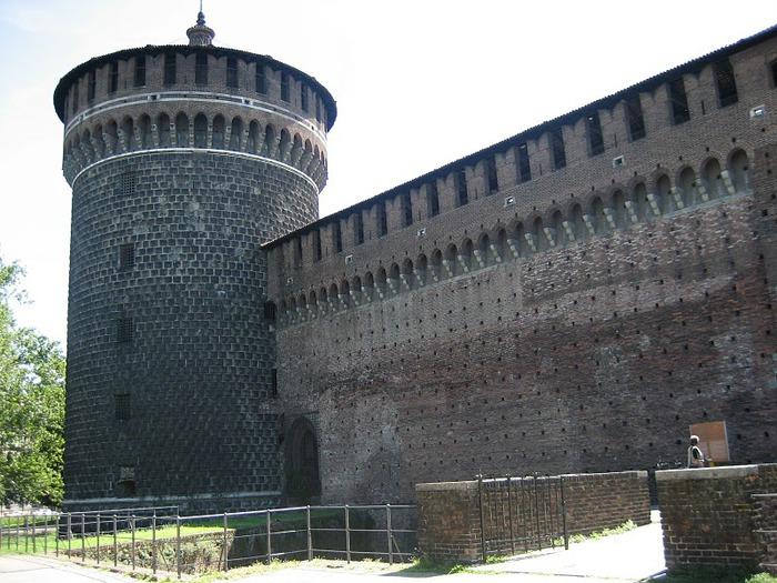 Замок Сфорца (Castello Sforzesco) 60049