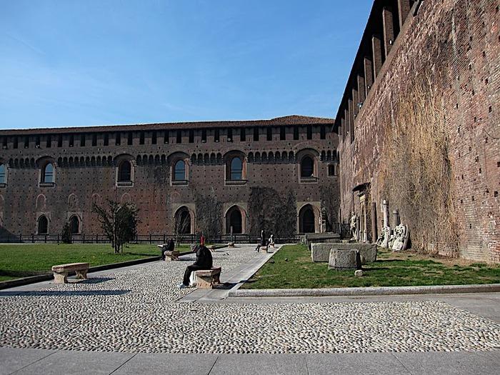 Замок Сфорца (Castello Sforzesco) 42374