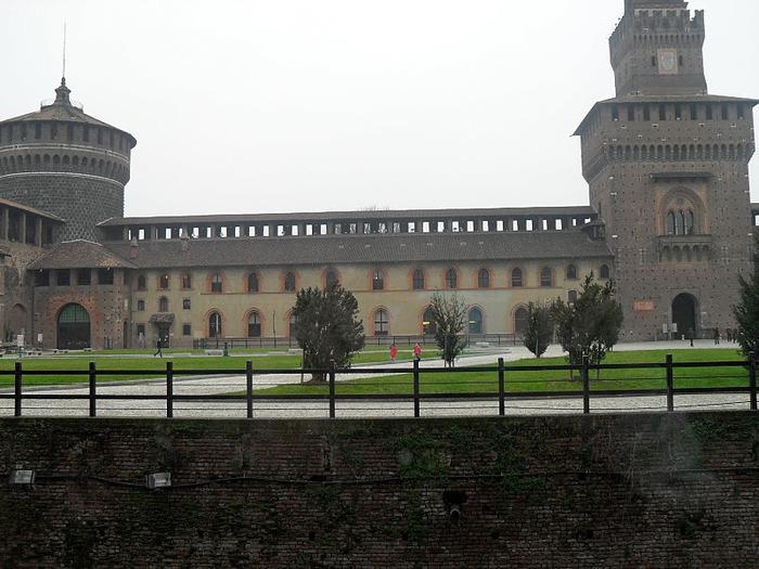Замок Сфорца (Castello Sforzesco) 47802