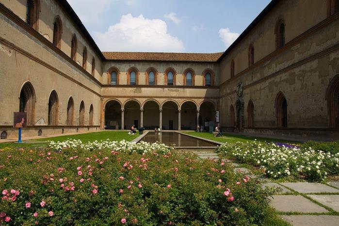 Замок Сфорца (Castello Sforzesco) 37414