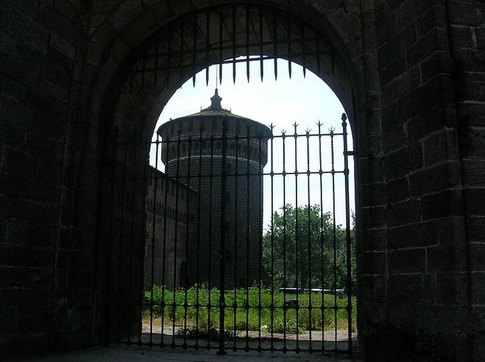 Замок Сфорца (Castello Sforzesco) 76303