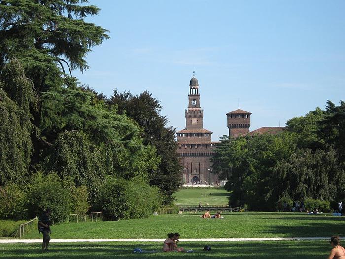 Замок Сфорца (Castello Sforzesco) 70888