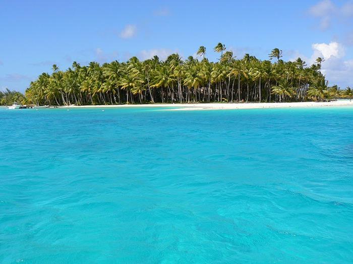 Остров Бора-Бора - жемчужина Тихого океана с перламутровой лагуной 83517