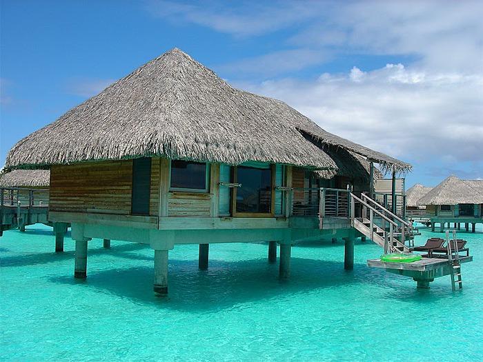 Остров Бора-Бора - жемчужина Тихого океана с перламутровой лагуной 65630