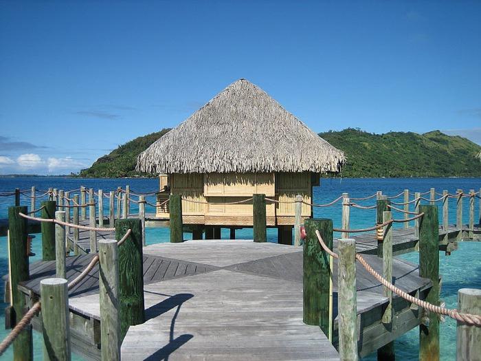 Остров Бора-Бора - жемчужина Тихого океана с перламутровой лагуной 45667