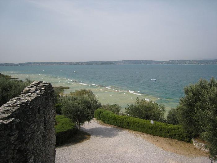 Озеро Гарда – cапфир в ожерелье озер Италии. 29375