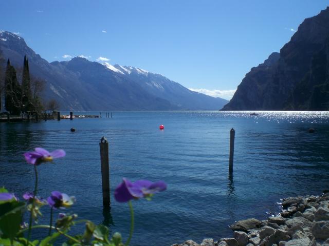 Озеро Гарда – cапфир в ожерелье озер Италии. 57988