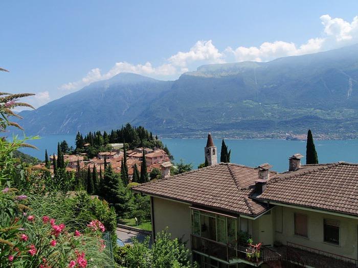 Озеро Гарда – cапфир в ожерелье озер Италии. 57546