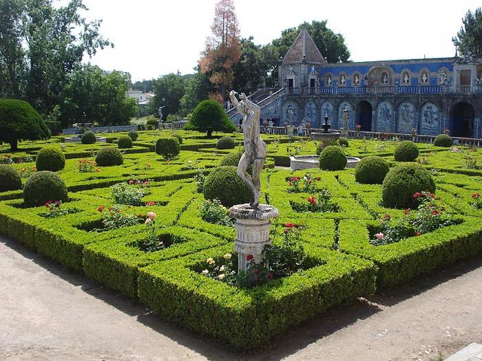 Дворец Маркизов Фронтейра (Palacio dos Marqueses de Fronteira) 31800