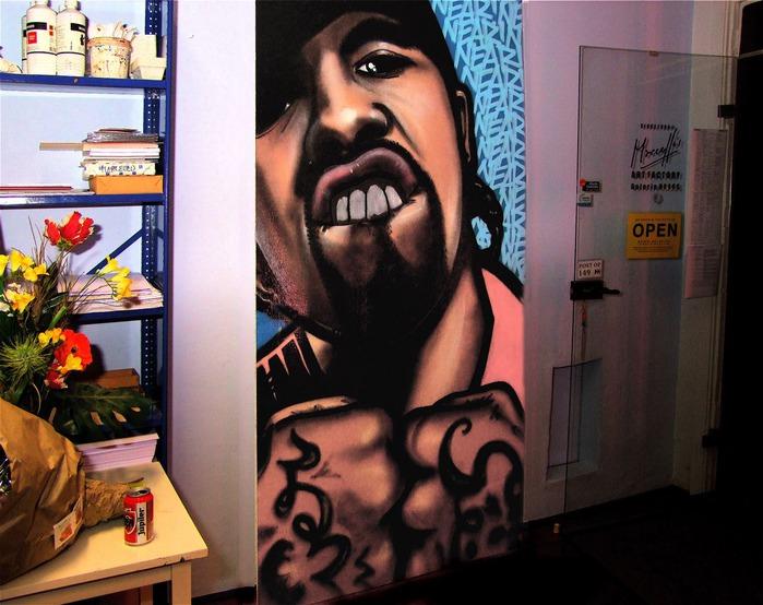 Стрит-арт (англ. Street art — уличное искусство) 60768