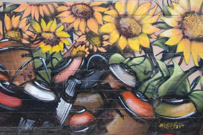 Стрит-арт (англ. Street art — уличное искусство) 15150