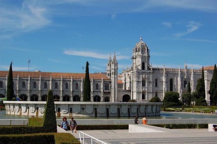 Монастырь Жеронимуш - жемчужина Португалии . 78782