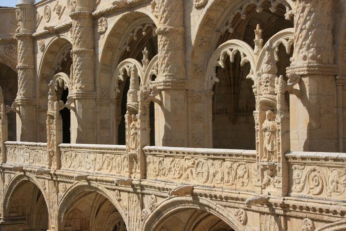 Монастырь Жеронимуш - жемчужина Португалии . 52274