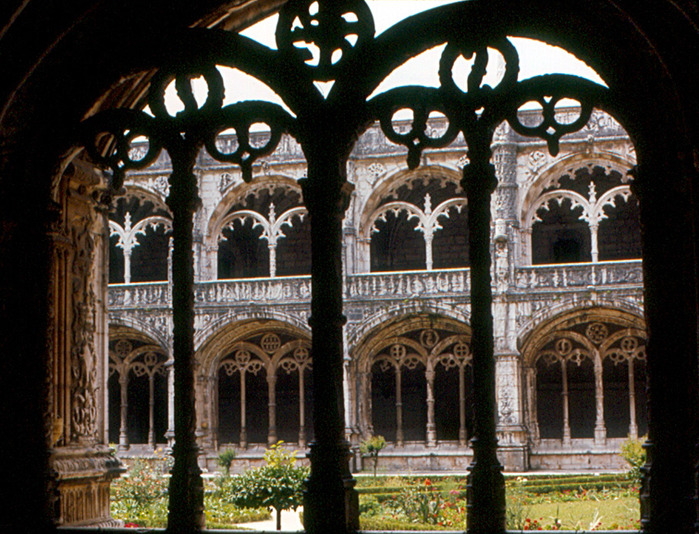 Монастырь Жеронимуш - жемчужина Португалии . 89241