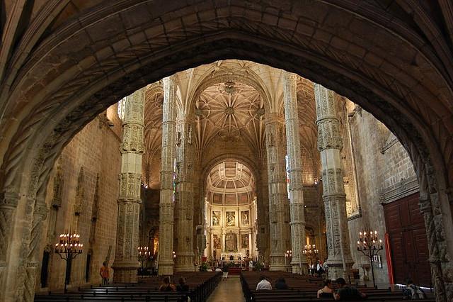 Монастырь Жеронимуш - жемчужина Португалии . 87588