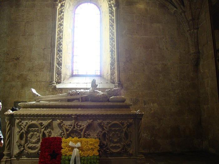 Монастырь Жеронимуш - жемчужина Португалии . 20899