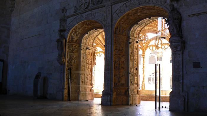 Монастырь Жеронимуш - жемчужина Португалии . 25388