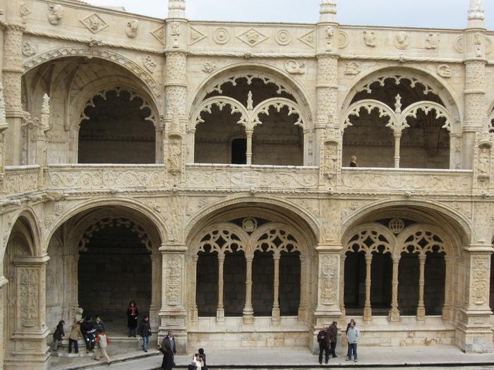 Монастырь Жеронимуш - жемчужина Португалии . 54173