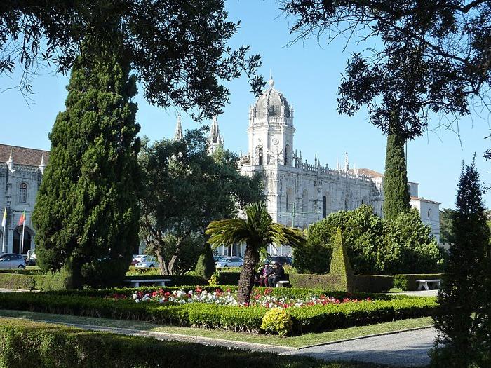 Монастырь Жеронимуш - жемчужина Португалии . 95089