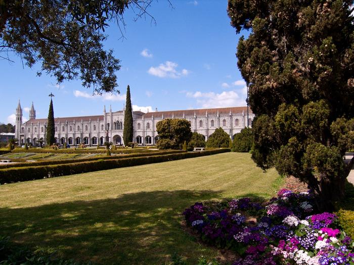 Монастырь Жеронимуш - жемчужина Португалии . 96363