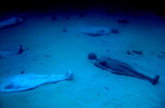 Подводный музей города Канкуна