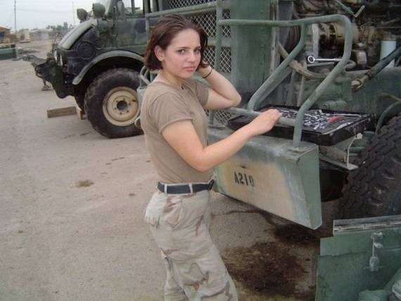 women_in_uniform_44