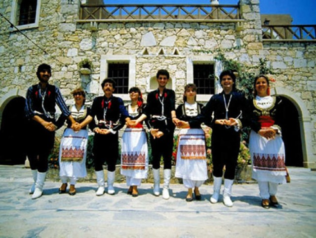 В Перу мелодия сиртаки