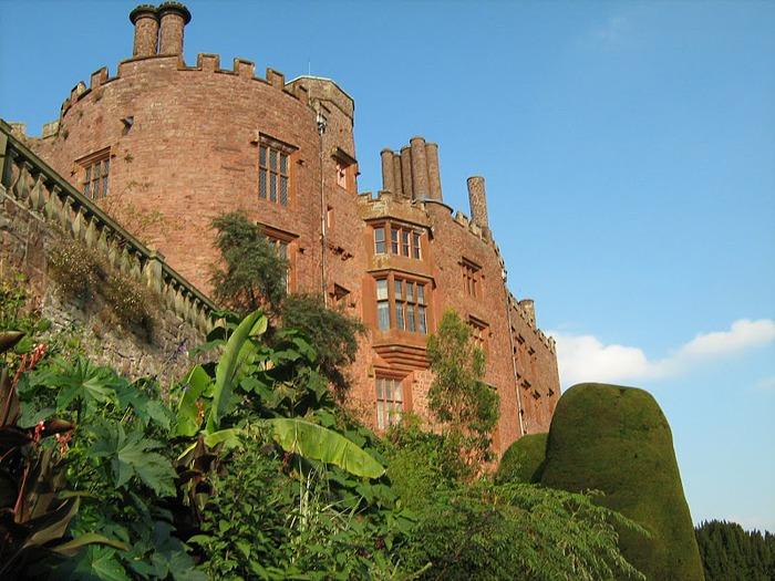 Замок Powis Castle, графство Поуис. 62320